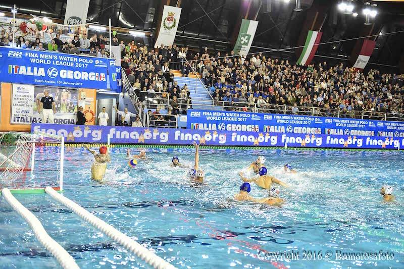 Nazionale world league italia il grande spettacolo delle piscine manara di busto arsizio - Piscina busto arsizio ...