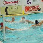 A2 M – La Barbato Design supera anche la Como Nuoto