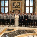 """L'Iren Genova Quinto ricevuto da Papa Francesco: """"Non dimenticate mai spirito di squadra e passione"""""""